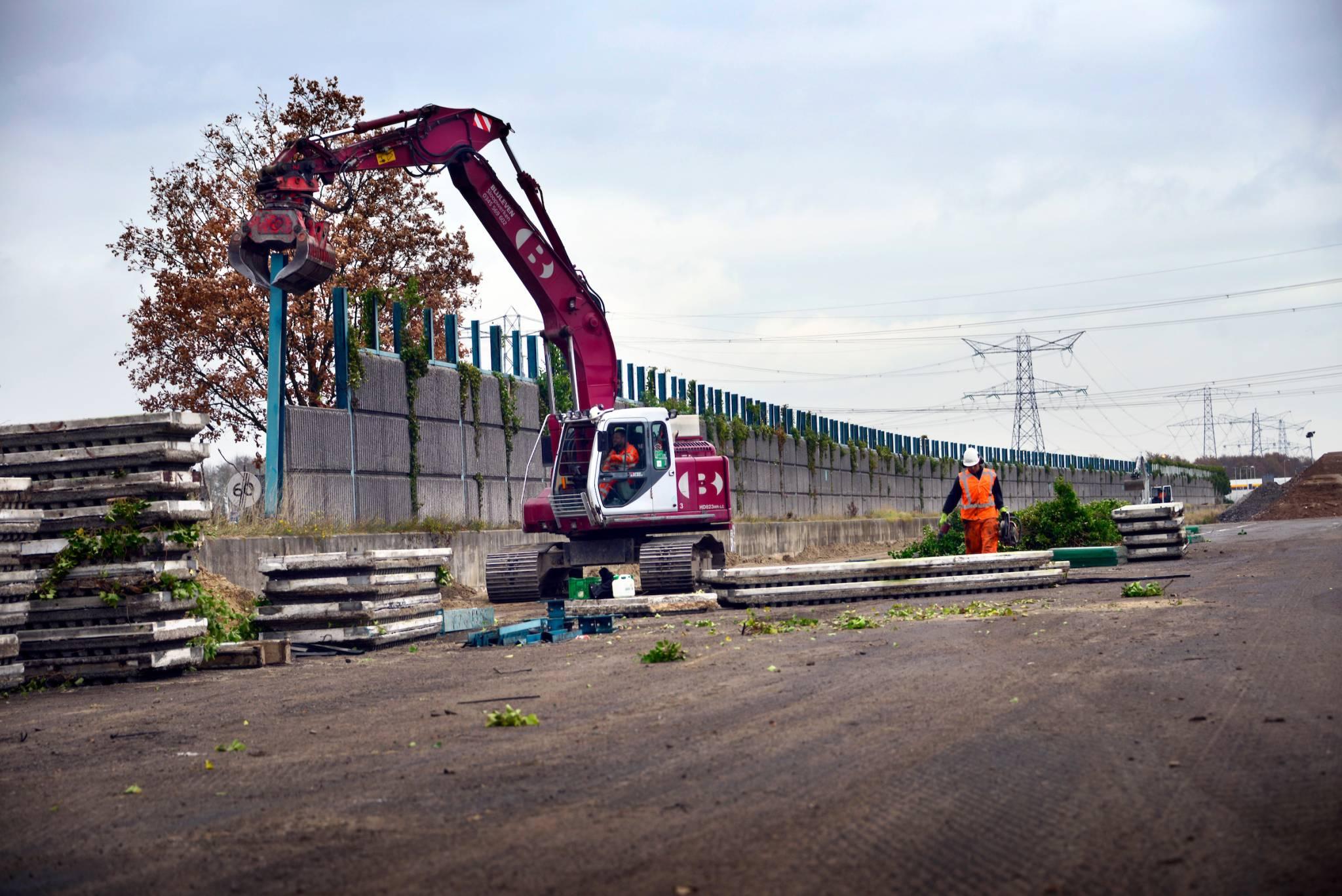 MUIDEN – Verwijderen Geluidsschermen Oude A1 Voor Holland Scherm