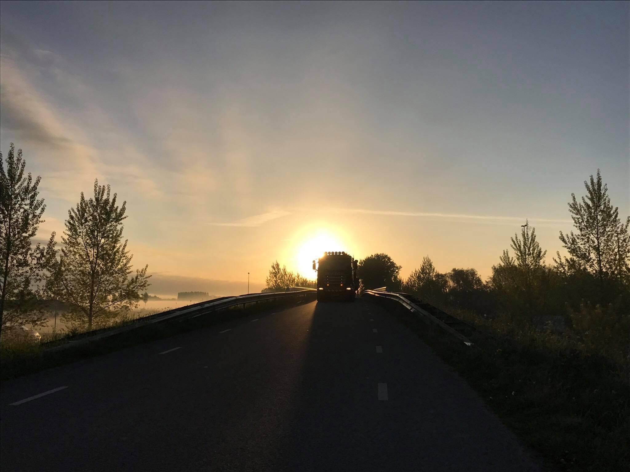 Nederland voor dag en dauw